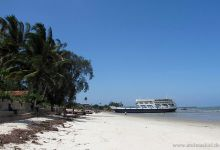 Beach @ Bakamoyo Tanzania