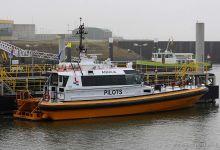 Aquila (Pilot Vessel, 25m x 6m, MMSI:244710842) captured 16.11.2013