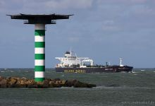 Energy Skier (Crude Oil Tanker, 274m x 48m, IMO:9297515) captured 29.09.2012.