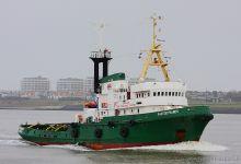 Pantodynamos (Tug 49m x 12m, IMO:7038642) captured 16.11.2013