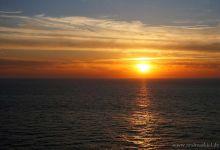 ... sunset @ sea ...
