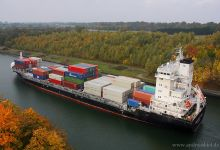 Svendborg Strait (Container Ship, 160m x 25m, IMO:9454230) captured 20.10.2013